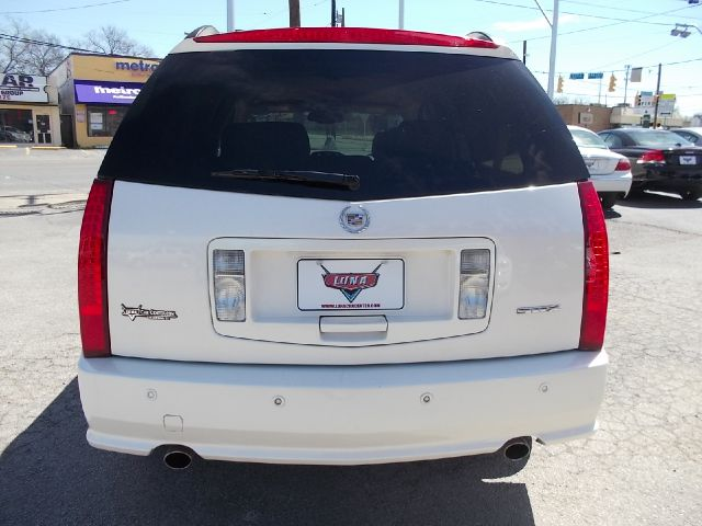Cadillac SRX Red Line SUV