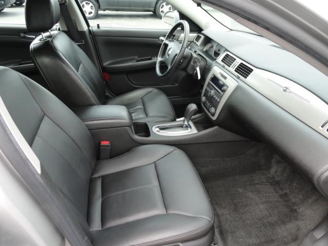 Chevrolet Impala Cheyenne Fleetside Sedan