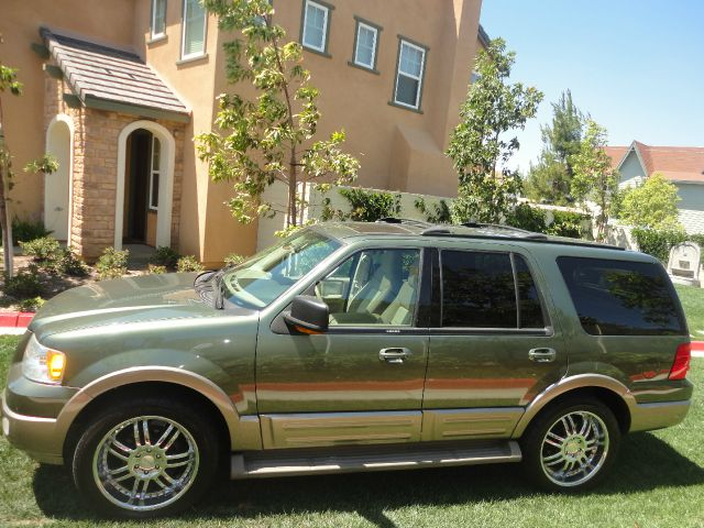 Ford Expedition XL XLT Work Series SUV