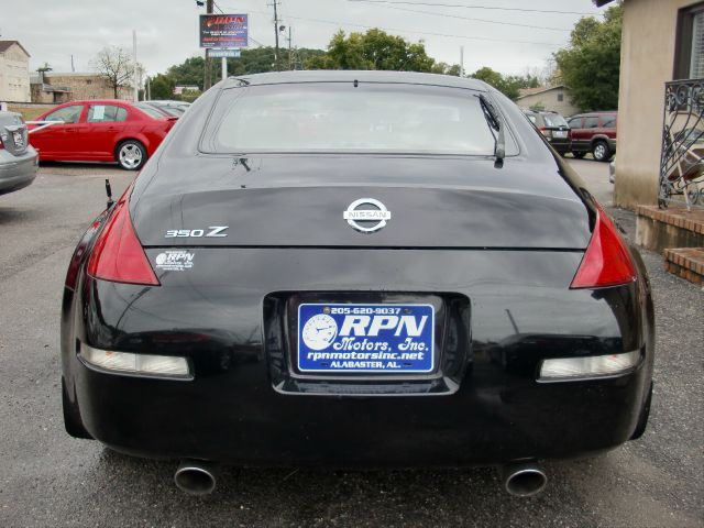Nissan 350Z Base Coupe