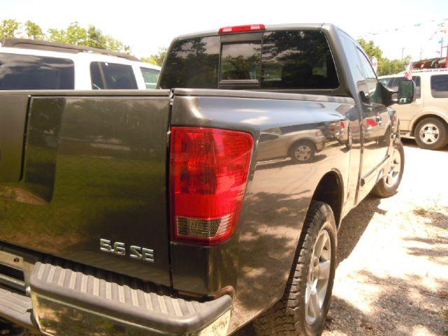 Nissan Titan Supercab SRW 4X Pickup Truck
