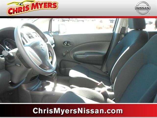 Nissan Versa Note 3.5tl W/tech Pkg Hatchback