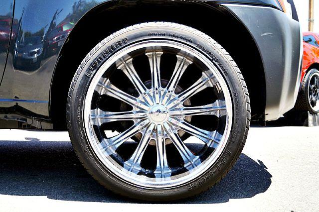 Nissan Xterra 4dr 112 Inch WB Eddie Bauer SUV SUV