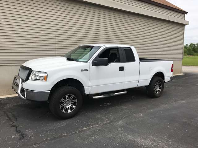 Ford F-150 STX 4dr Supercab 4WD Styleside 5.5 Ft. SB Pickup Truck